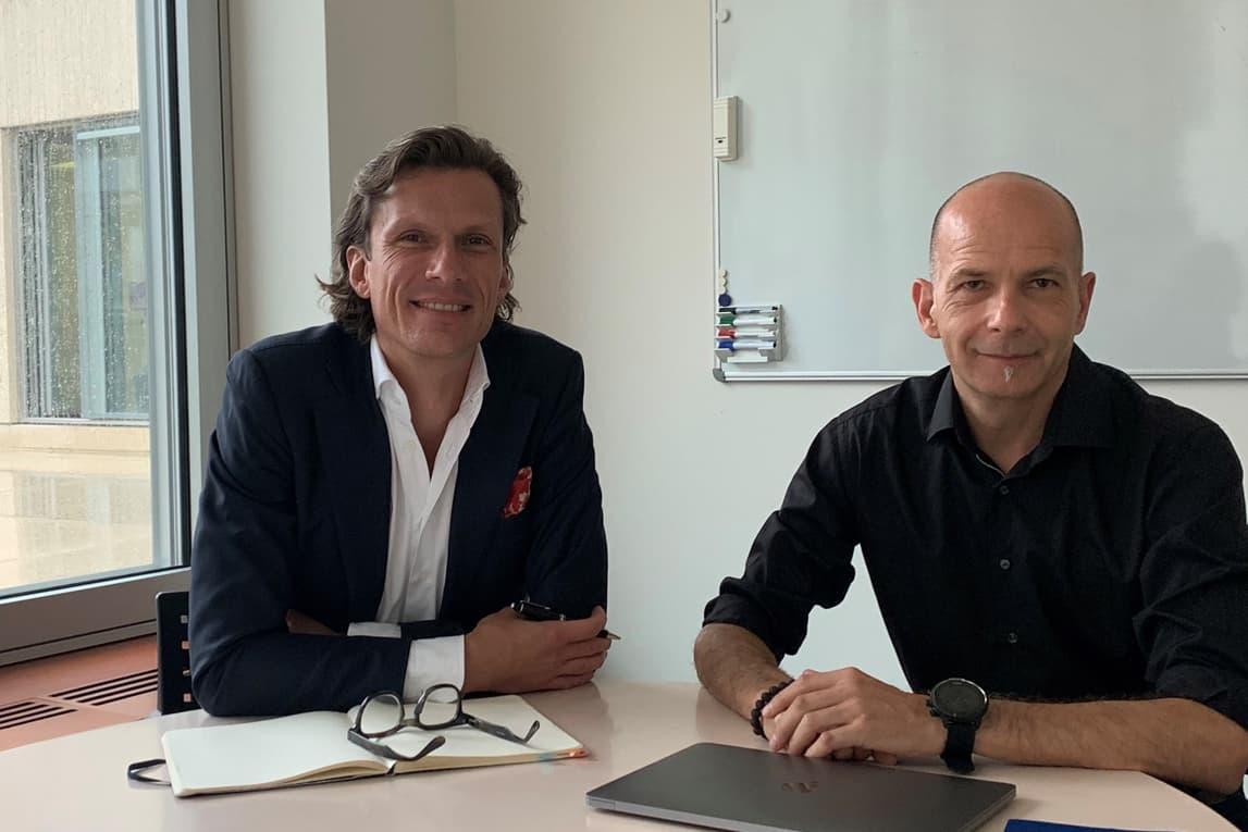 Philippe Krähenbühl, Leiter Marketing Center & Mixed-Use Site Management bei Wincasa und Marcel Blattner, Studiengangsleiter an der HWZ