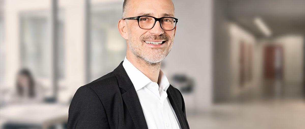 Portrait Michael Grund, Studiengangsleiter HWZ