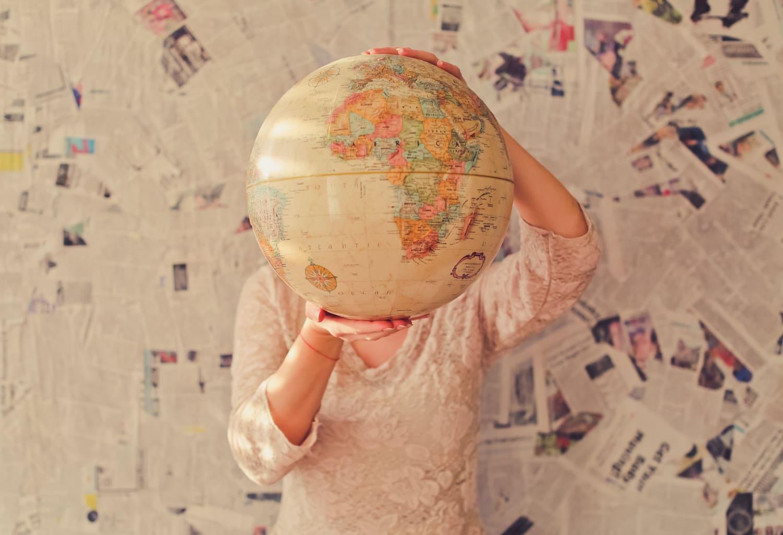 Titel Studieren im Ausland
