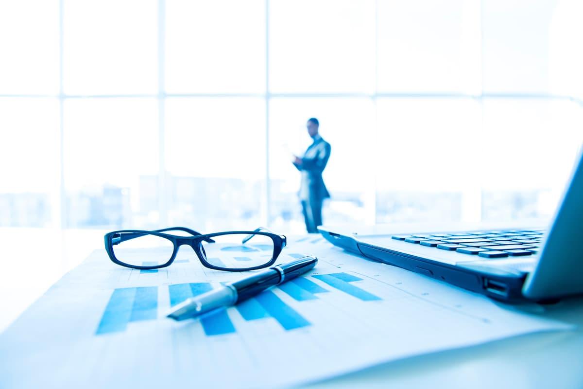 Coverbild-CAS-Senior-Financial-Consultant