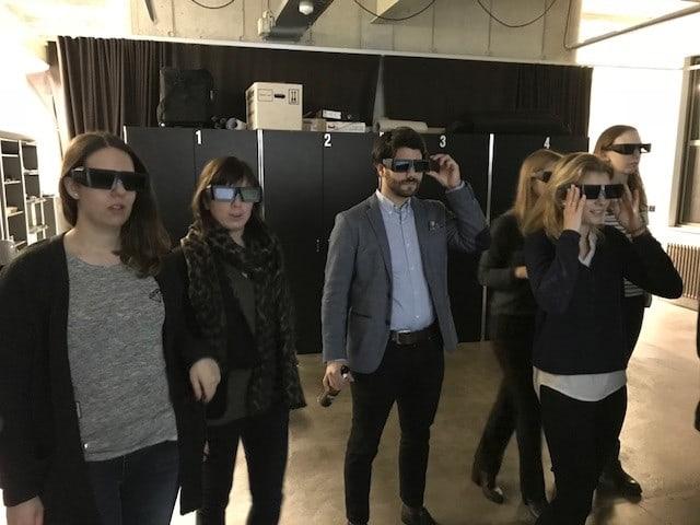 Reale HWZ-Studierende im Virtual Reality-Labor des Zentrum für Produkt- und Prozessentwicklung (ZPP) der ZHAW im Rahmen des Kurses Integrierte Kommunikation
