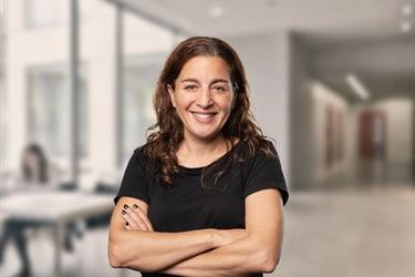 Portrait Evi Tolis