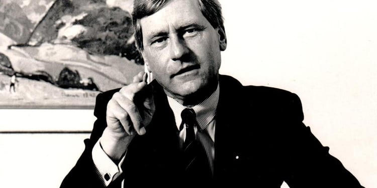Portrait Hugo Goetz - Gründungsrektor HWZ